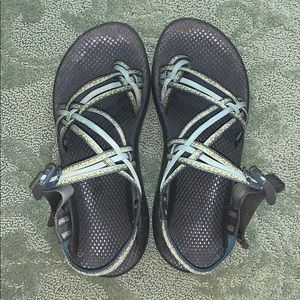 3 strap chaco sandals
